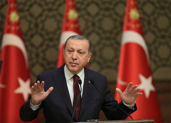 La Turchia nomina un compenso per due ex dipendenti della CIA e del Pentagono