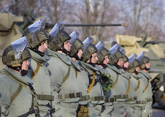 Equipos y armas de los zapadores marinos enviados desde Siria a Rusia.