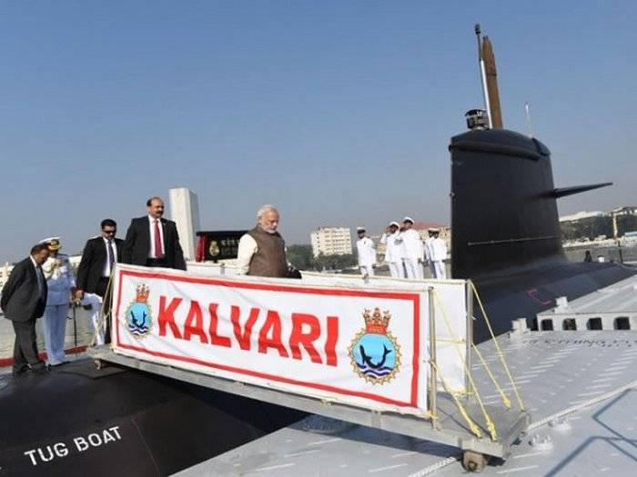 Das erste eigene indische U-Boot wurde adoptiert