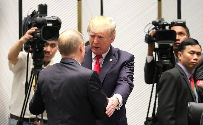 Trump agradeció a Putin por apreciar sus actividades económicas