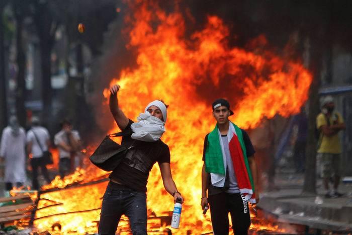 Свыше двухсот палестинцев ранено при столкновениях с израильской армией
