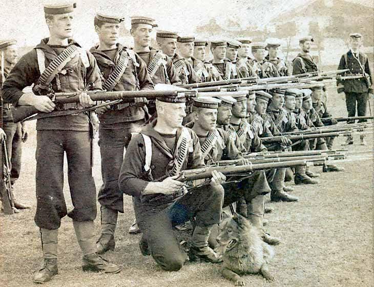 """关于武器的故事。 第一次世界大战的步枪。 步枪""""Lee-Enfield""""模特年度1895"""