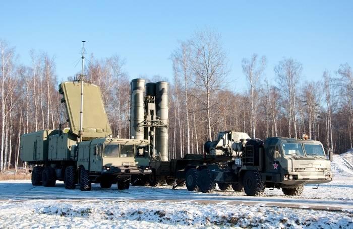 Duas novas divisões C-400 implantadas na região de Vladivostok e Leningrad
