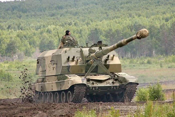 """Артиллеристы ЗВО получили новейшие гаубицы """"Мста-СМ2"""""""