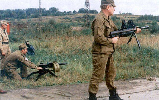 Automatic hand grenade launcher Baryshev. Rocket launcher without recoil