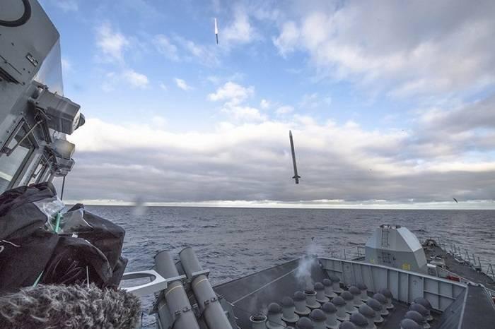 ब्रिटिश नौसेना को विमान-रोधी नई मिसाइलें प्राप्त होंगी