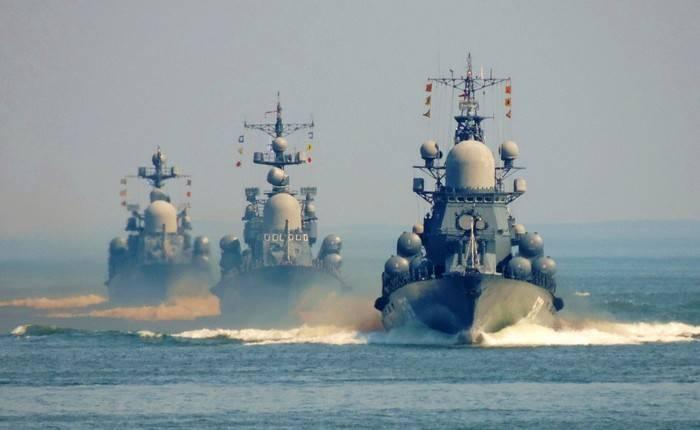 Esperto: gli insegnamenti della Russia nelle acque internazionali sono legittimi