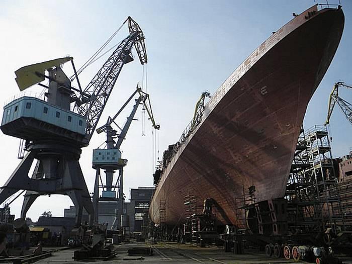 11356 호위함의 건설은 엔진 부족으로 중단되었습니다.