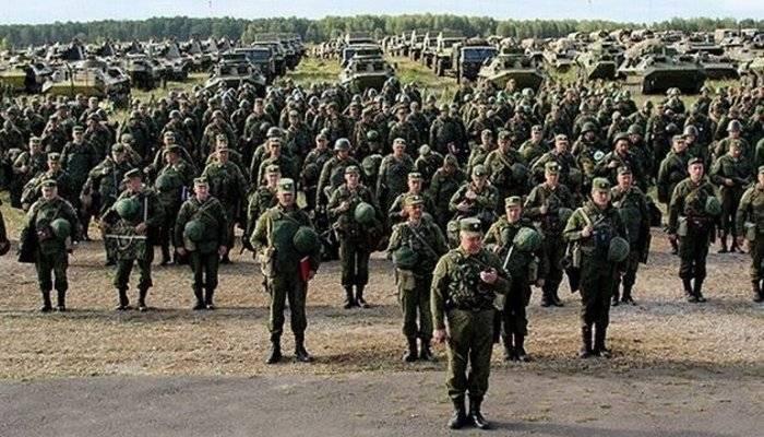 러시아 연방 지상군은 사단과 여단을 지킬 것입니다.