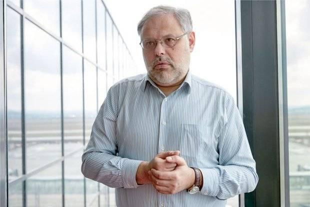 मिखाइल खज़िन: सरकार ने पुतिन के विरोधियों के पक्ष में एक चुनावी अभियान शुरू किया