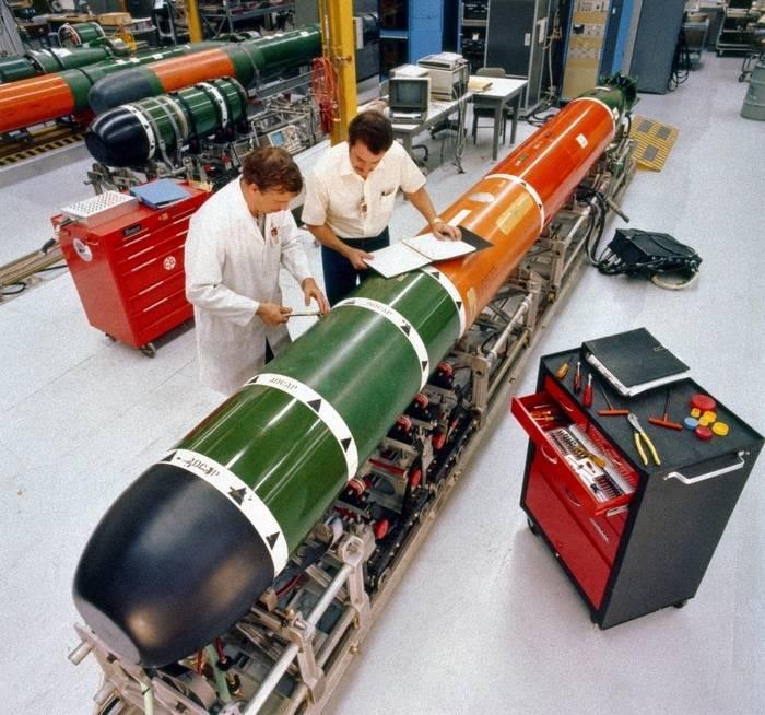 Estados Unidos sigue mejorando torpedos Mk 48