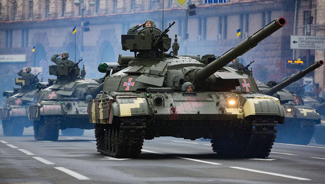 Танки Зеленского: какие вопросы вызвал визит президента в Харьков