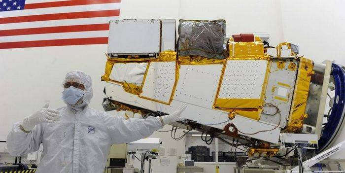 US will launch satellites mechanics into orbit