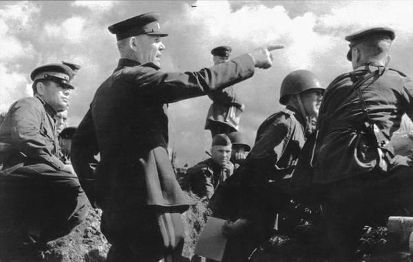 그는 전쟁에 종지부를 찍을 운명이었다.