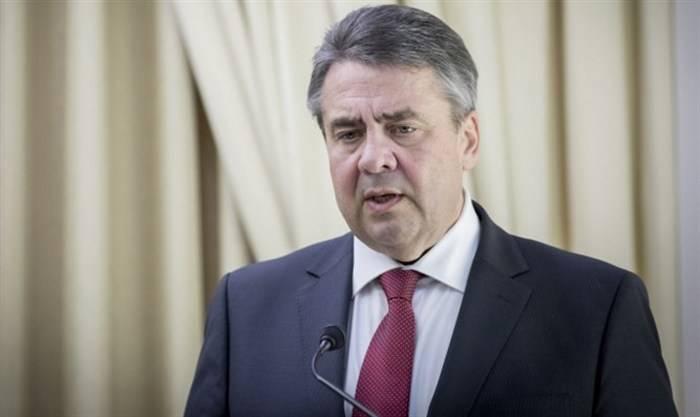 Bundesaußenminister forderte den Einsatz von bewaffneten Friedenstruppen im Donbass