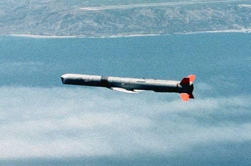 """Япония для """"самообороны"""" приобретёт крылатые ракеты класса """"воздух-поверхность"""""""