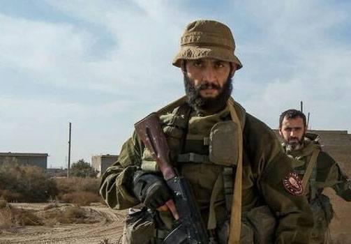 La CAA se bat à plusieurs kilomètres de la base aérienne d'Abou-Duhur à Idlib