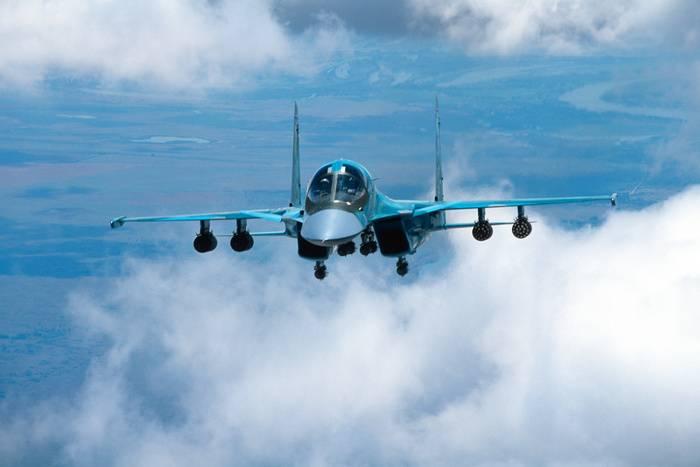 Les forces aérospatiales russes ont transféré deux bombardiers Su-34
