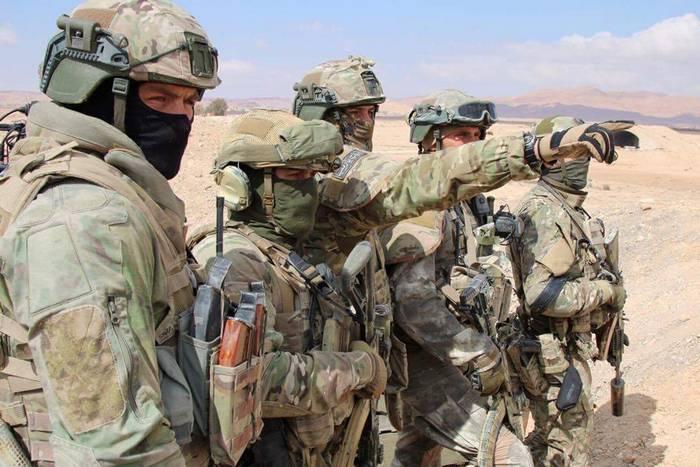 Russische Spezialeinheiten zerstörten die Sabotagegruppe, die Hamim beschossen hatte