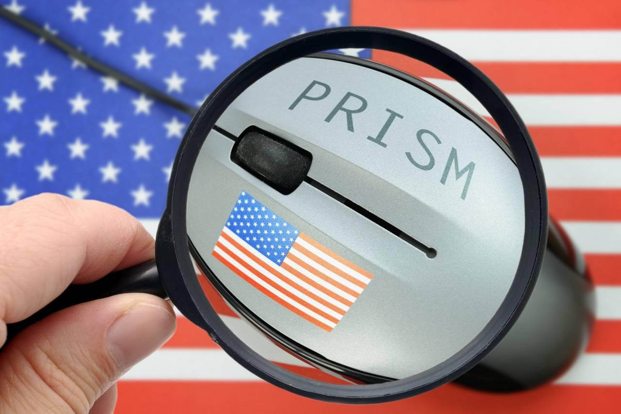 Сенат США позволил североамериканским спецслужбам продолжать слежку заиностранцами