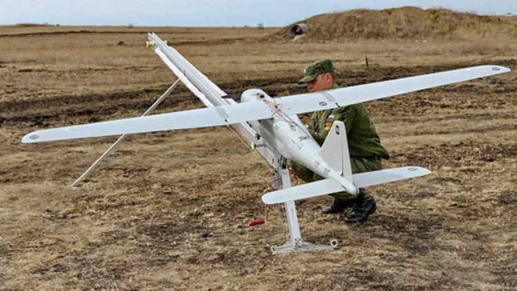 """L'expert américain conseille au Pentagone de s'occuper des drones de terroristes """"en russe"""""""