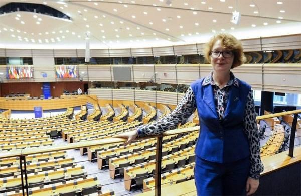 来自爱沙尼亚的EP代表:在会议期间,据说我访问了苏联