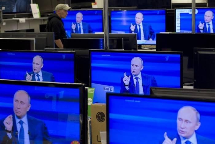 """यूरोपीय संघ ने """"रूसी संघ के प्रचार"""" का मुकाबला करने के लिए कार्य समूह के लिए धन में वृद्धि की"""