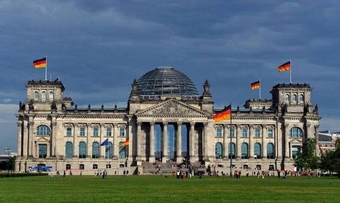 ドイツはドンスクの再統合に関する法律を確認し、ミンスクへの準拠を確認します