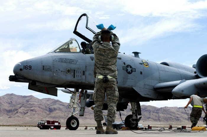 Un terzo della flotta del velivolo d'attacco americano A-10 Thunderbolt II dichiarò inadatto