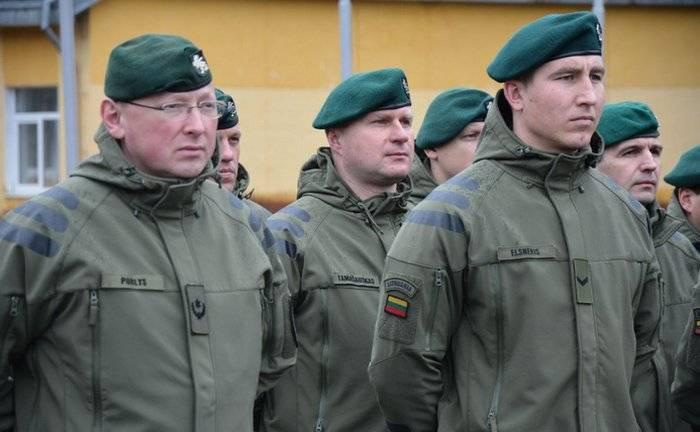 リトアニアはウクライナに軍事教官を送りました