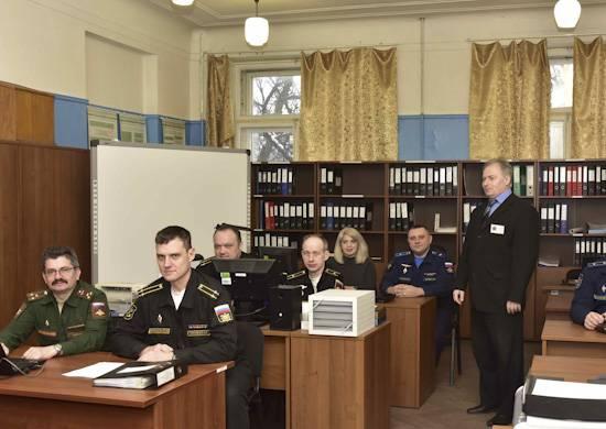La Academia Naval ha capacitado a especialistas de 200 para la orden de defensa estatal