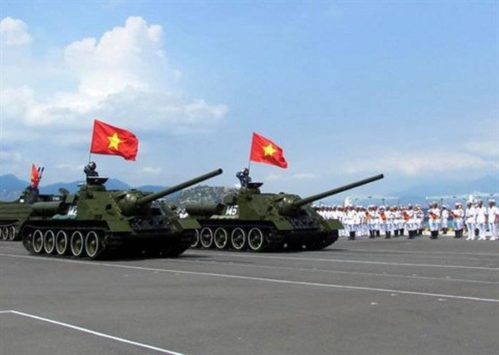 Вьетнамская армия продолжает эксплуатацию СУ-100