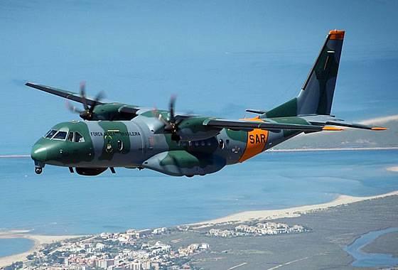 브라질은 추가적인 수색 및 구조 항공기 C-295를 받게됩니다.