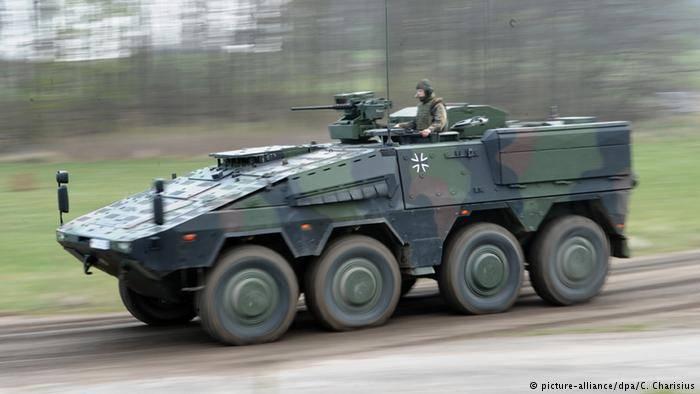 Alemania envió nuevos transportes blindados de personal a Lituania.