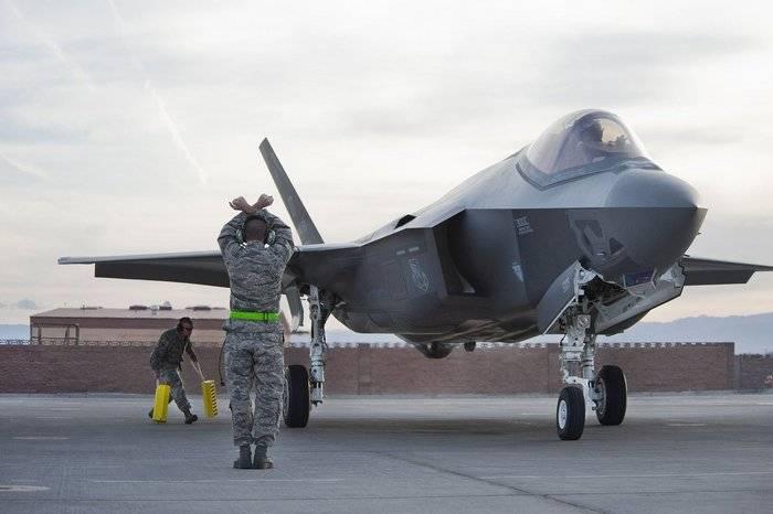 Pentagon: Half F-35 not ready for battle