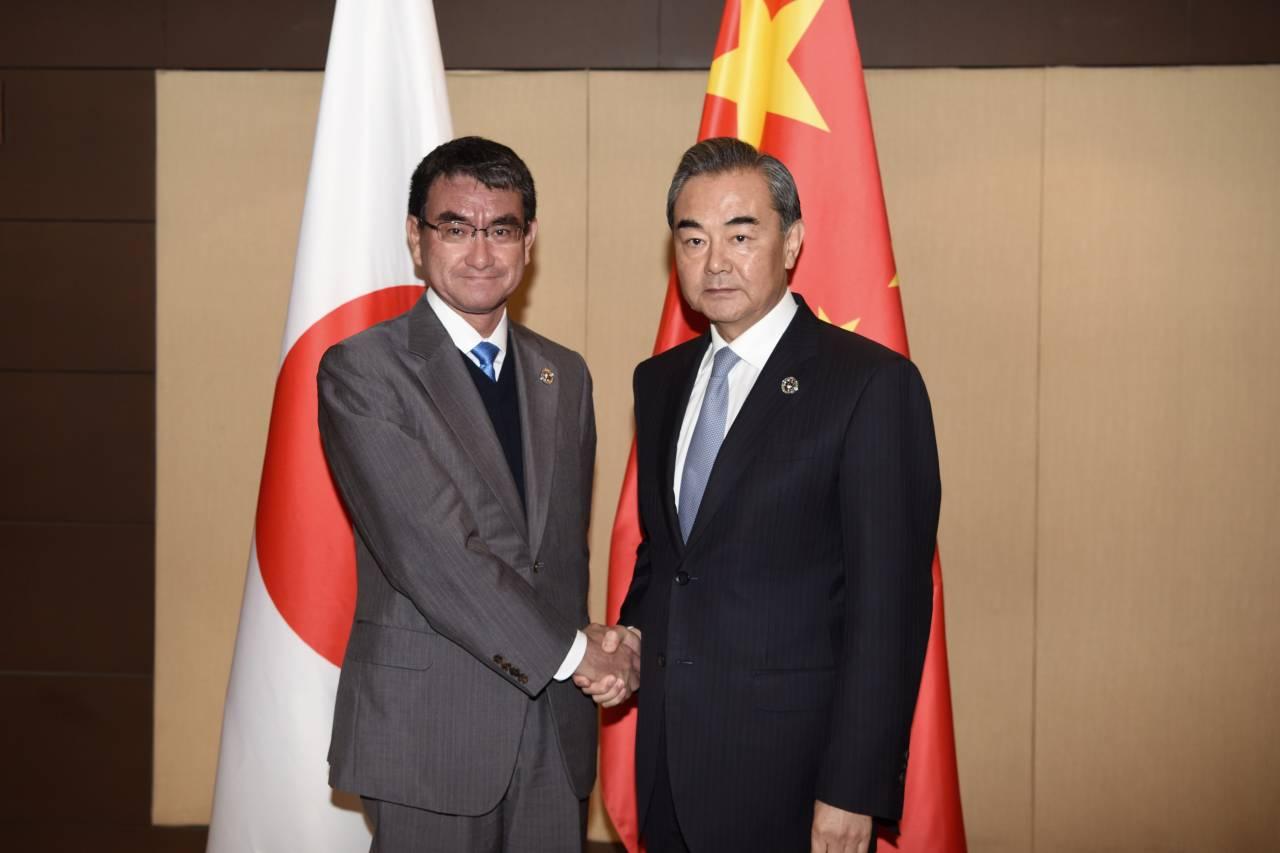 Япония сообщила онамерении улучшить отношения сКитаем в этом 2018 году