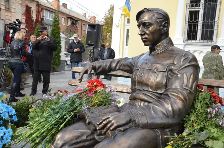 Петлюра как средство продвижения патриотических настроений на Украине
