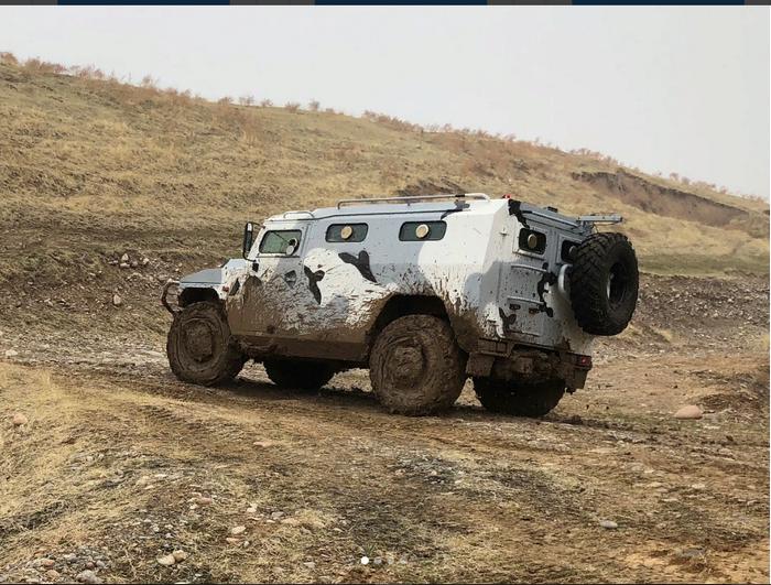 """Бронированный """"Тигр"""" испытали в горах Центральной Азии"""