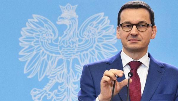 Senador da Federação Russa - Varsóvia: Pegue o gás da África pelo menos