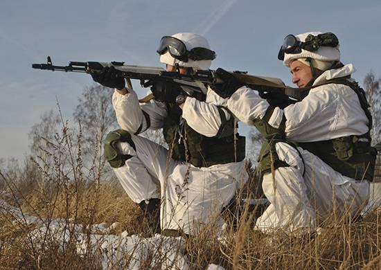 No Daguestão, uma verificação da prontidão de combate de um composto de fuzil motorizado