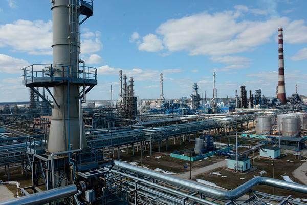 La Bielorussia ha aumentato i dazi di transito per il petrolio russo