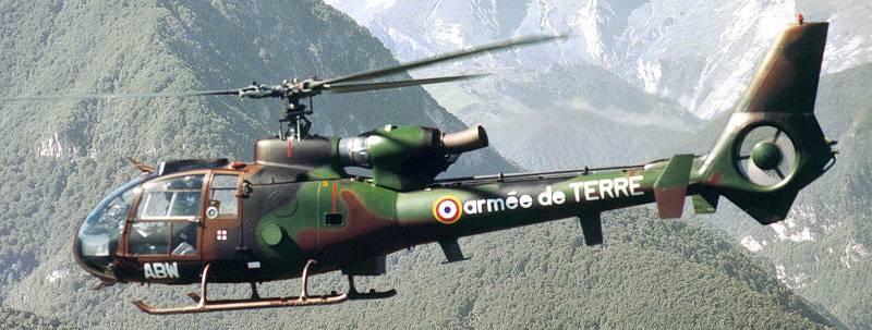 フランス南部で2台のガゼルヘリコプターが墜落
