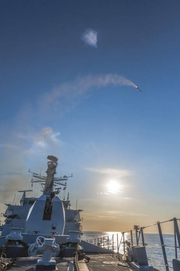 Готовность британских АУГ к столкновению с ВМФ России. Весть из Коллингвуда