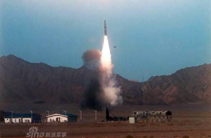 «Убийца авианосцев». Китай испытал новую баллистическую противокорабельную ракету