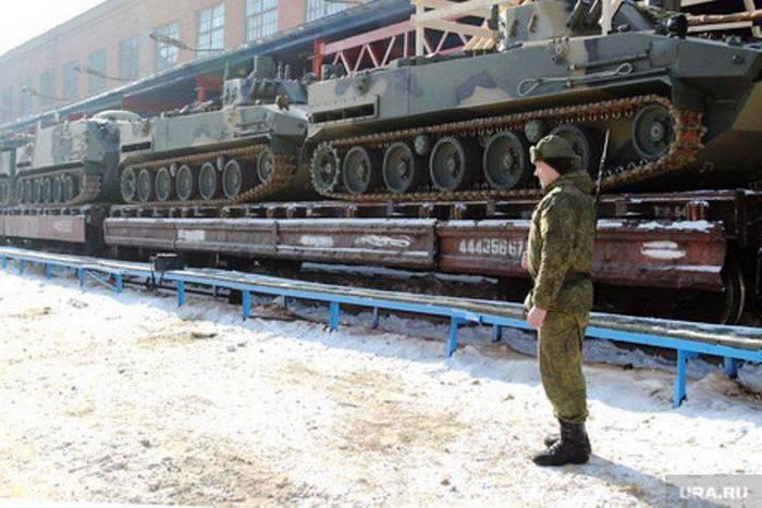Псковские десантники получили батальонный комплект бронетехники