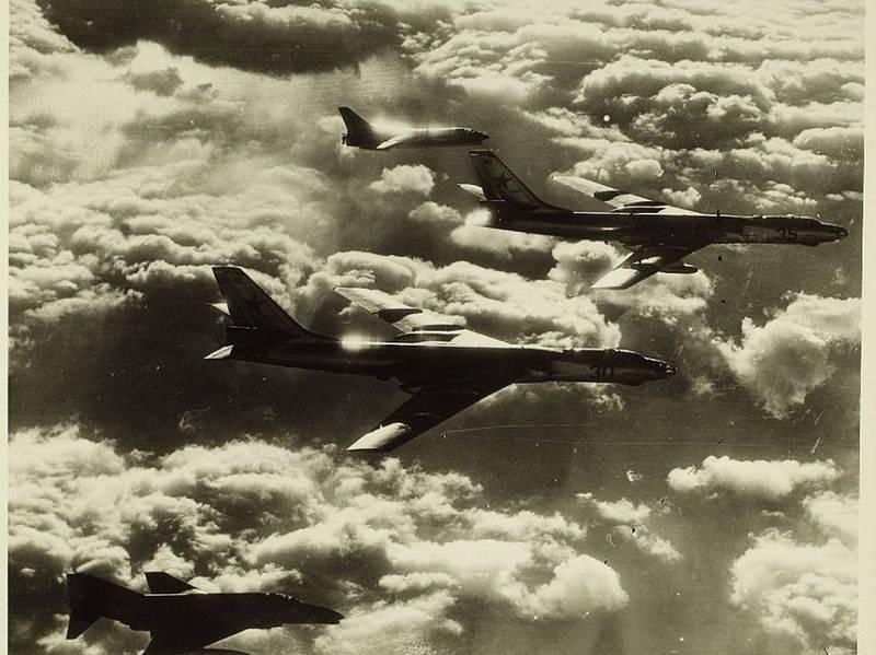 Палубный истребитель F-8 Crusader, его предшественники и потомки (часть 2)