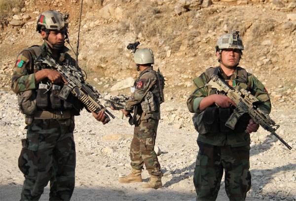 B-52 Stratofortress ВВС США бомбят афганскую территорию у границ Таджикистана и Китая