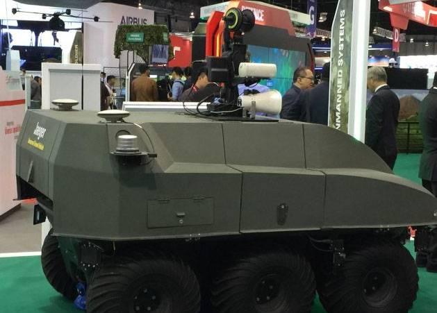 """Singapore Radkampfroboter """"Jaeger 6"""""""