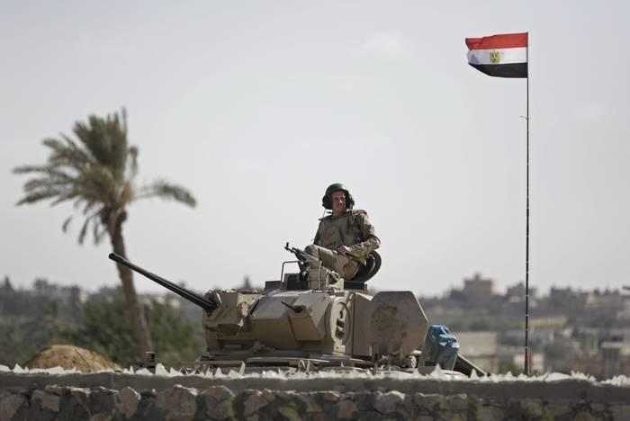 Египет начал масштабную антитеррористическую операцию на Синайском полуострове