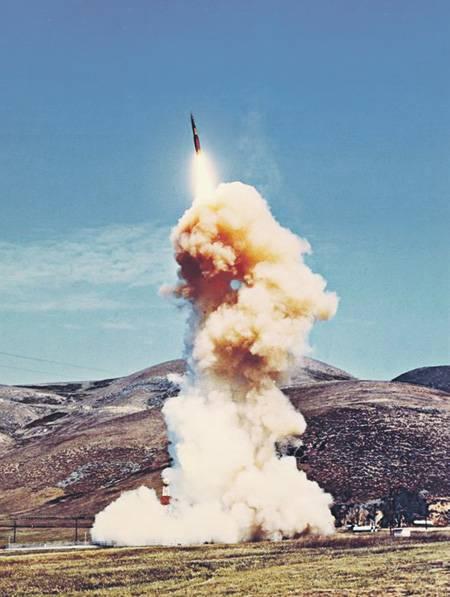 """Pentagon bedroht Gegner mit """"adaptiven"""" Atomstäben"""